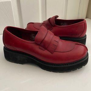 Vintage Simple Red Leather Kiltie Platform Oxford